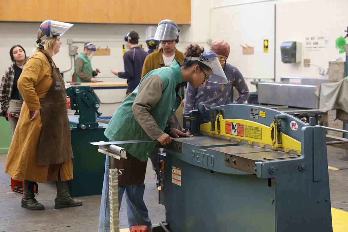 Welding Practicum course in the Supershop